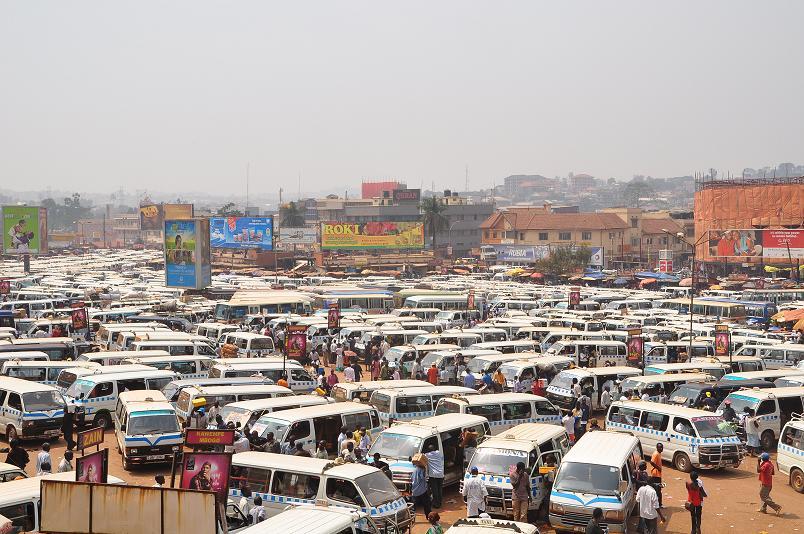 Taxistand Kampala City - falls es hier ein System gibt, ich habe es nicht erkannt
