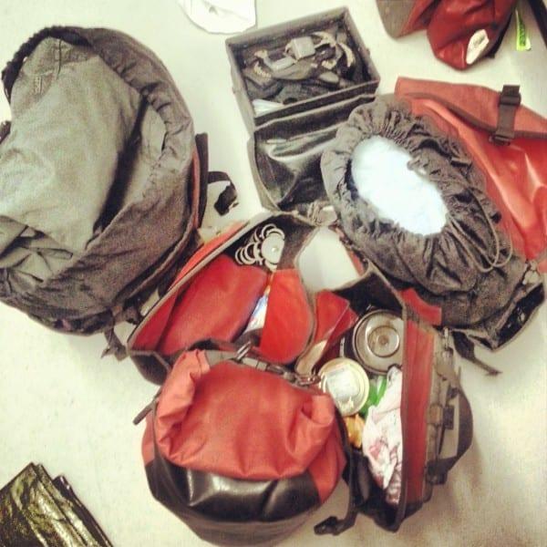 Packtaschen fertig für Island