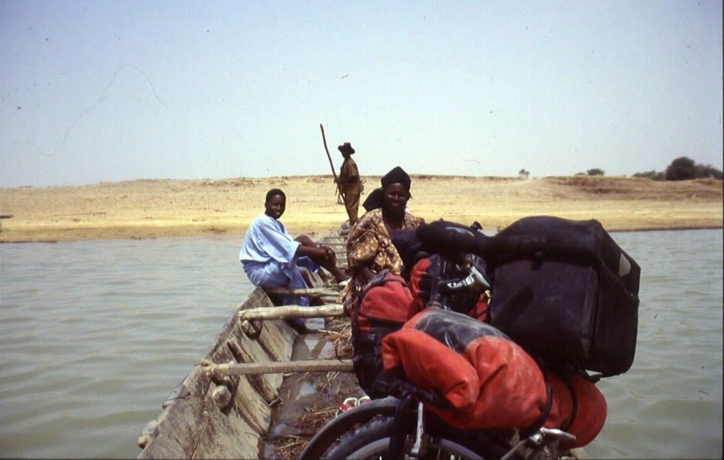 Über den Niger mit dem Boot: das Wasser schmeckte lecker, aber...