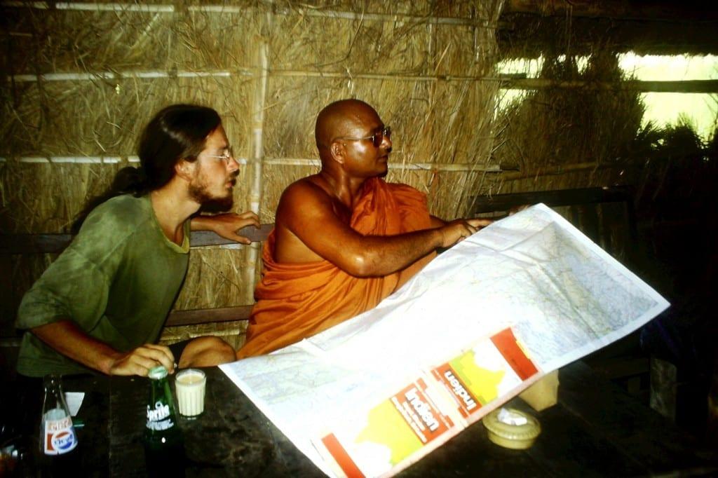 Wo kommen wir her, wo wollen wir hin? Dialog mit Mönch in Nepal