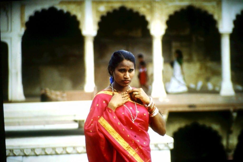 Indische Frau im Roten Fort/Indien