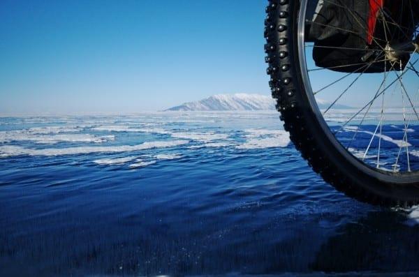 Auf dem Baikal © http://www.mountainbike-expedition-team.de/