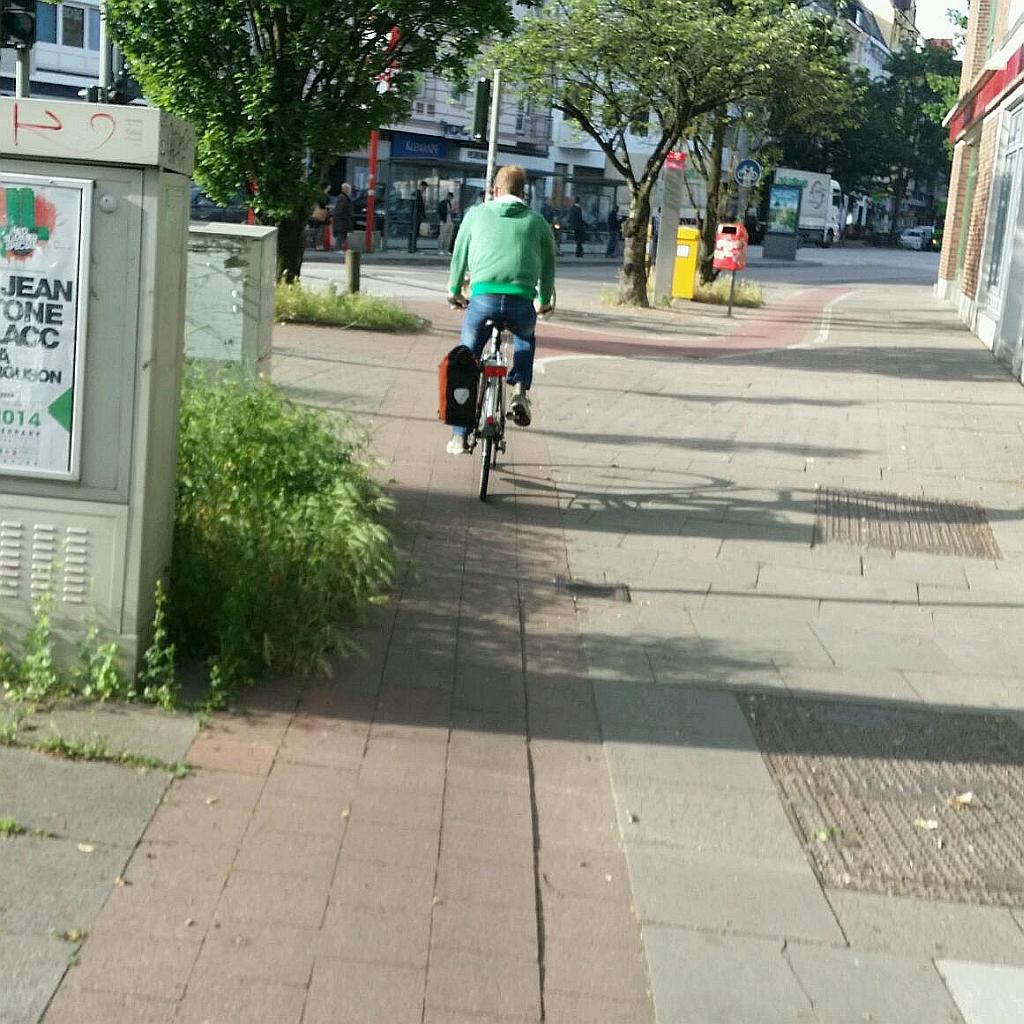 Unterwegs auf Hamburgs Radwegen