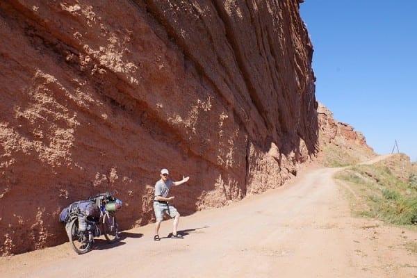 Kirgistan 2013 – es findet sich immer ein Weg © www.lonelytraveller.de