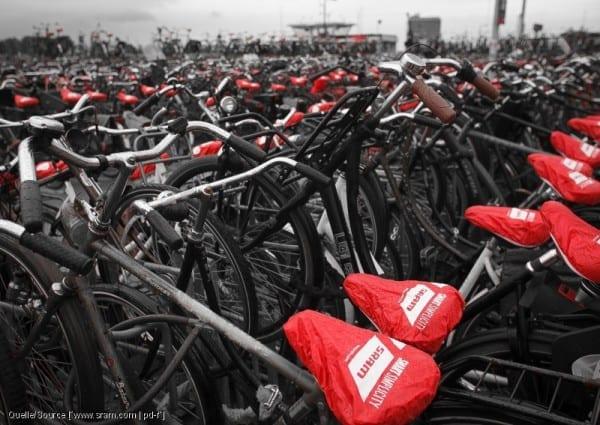 Fahrradkultur heißt auch: Es geht weder um Schick noch um Technik, sondern nur darum, in der Stadt flink und bequem voran zu kommen.