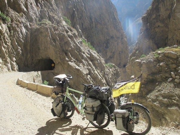 Im Canyon de Pato ( Entenschlucht) in Peru © radtraum.de