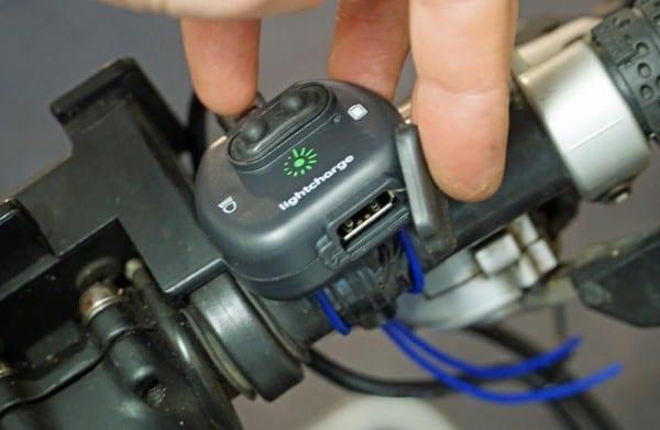 Der Haupt-USB Port ist durch eine Kappe ganz gut geschützt