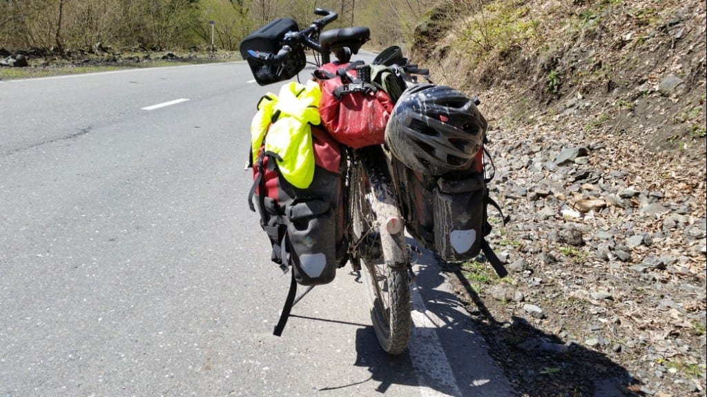 Fahrrad Reiserad bepackt Gepäck