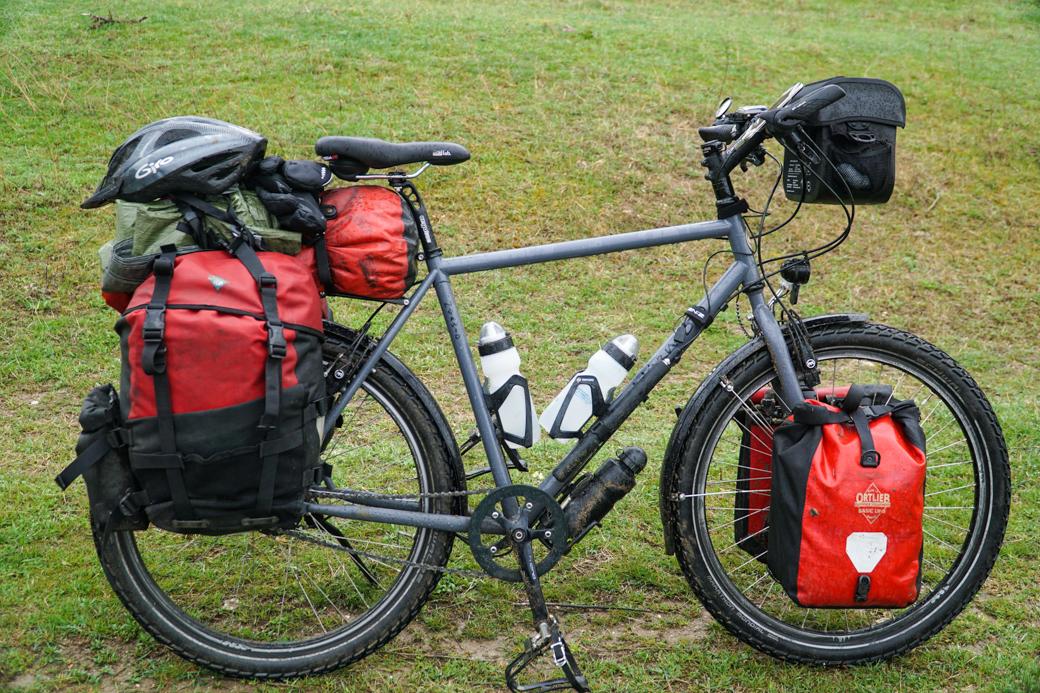 Reiserad Fahrrad bepackt