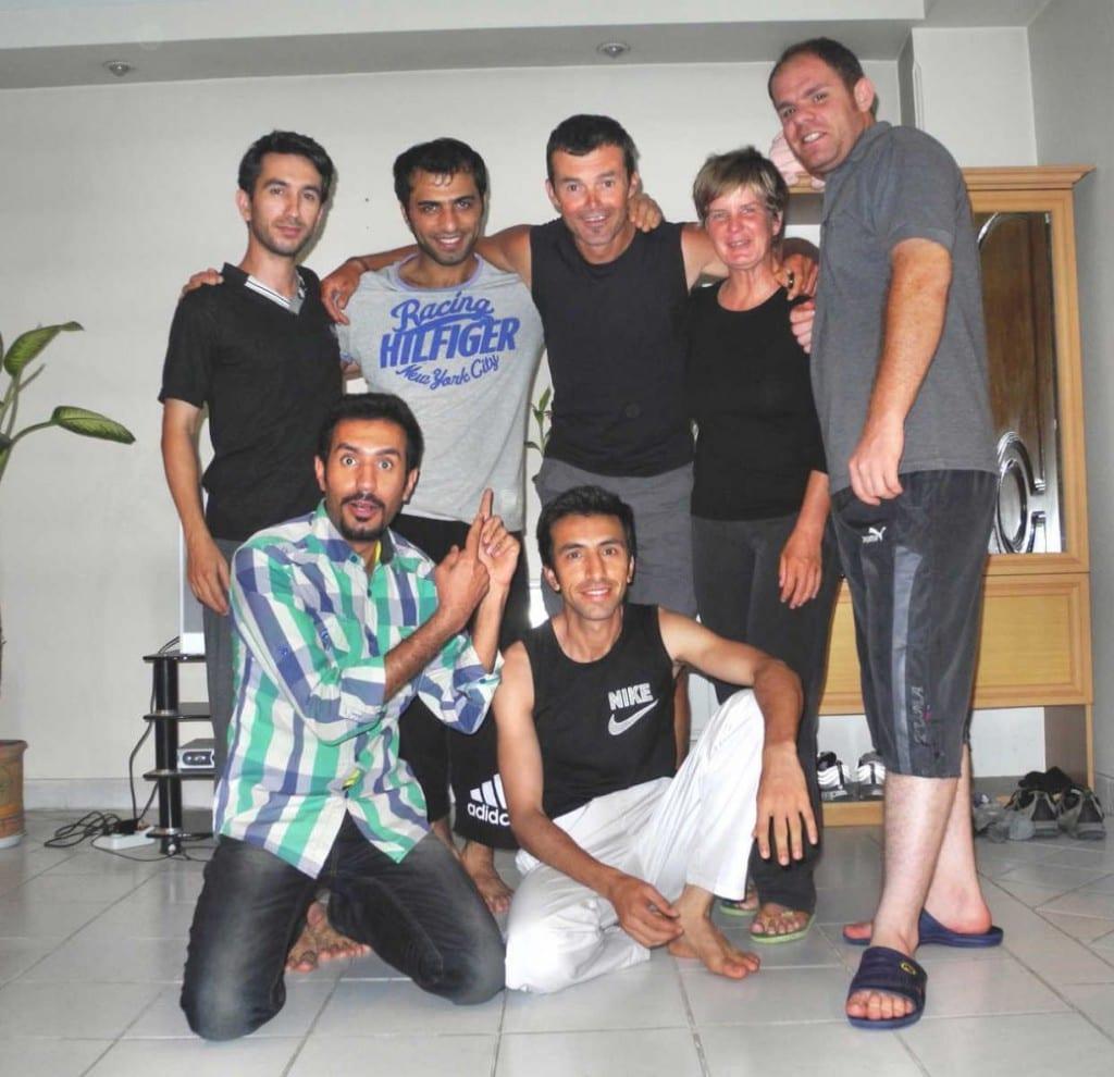 Mit unseren Couchsurfer-Gastgebern und in Teheran © fahrradnomaden.de