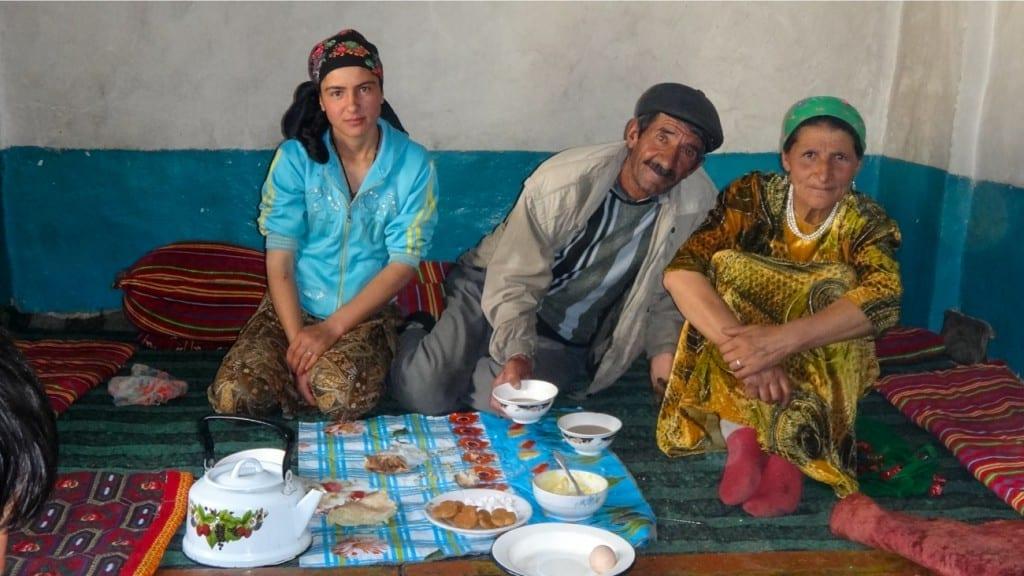 Zu Gast bei einer tadjikischen Familie © www.dorothee-fleck.com