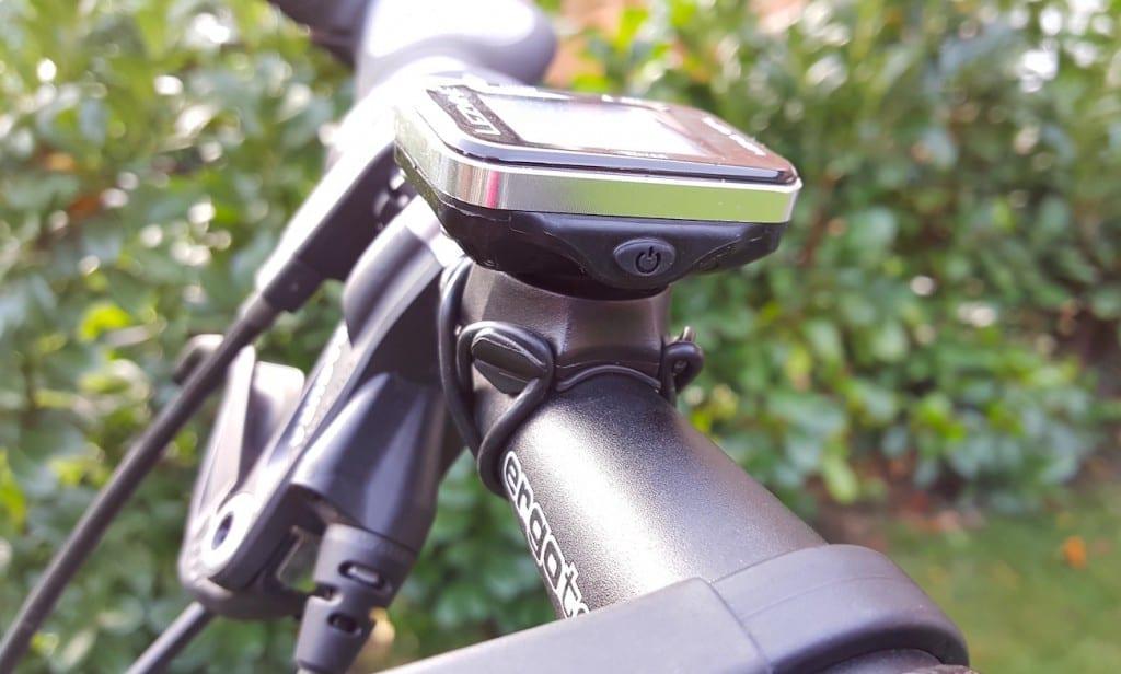 Der Mini-GPS von der Seite