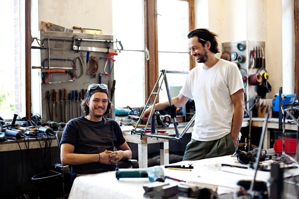 Phillip und Flo bauten in Berlin die Fern Räder nach Maß © Fern-Fahrraeder.de