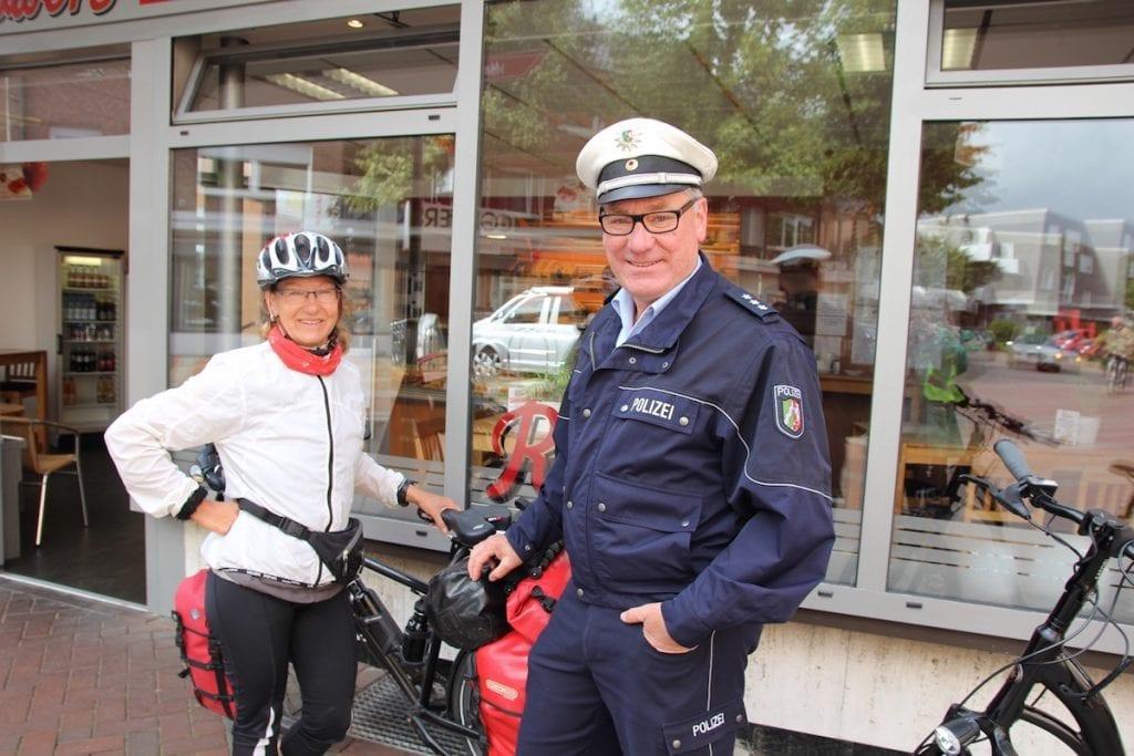 Mit Polizei in Vreden © Karen Wichert