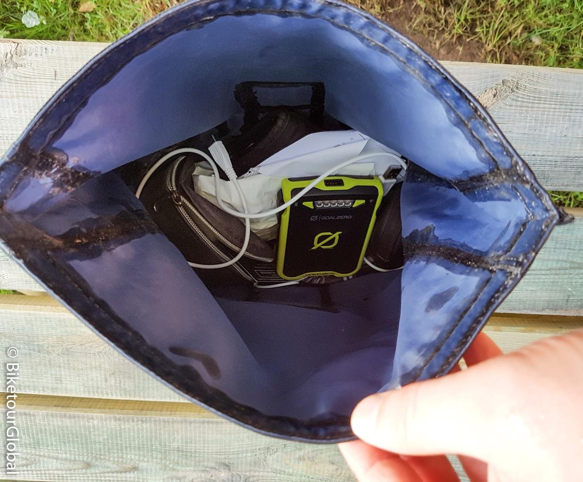 Rusjan Taschen sind 100% wasserdicht - die Nähte sind nochmal abgeklebt