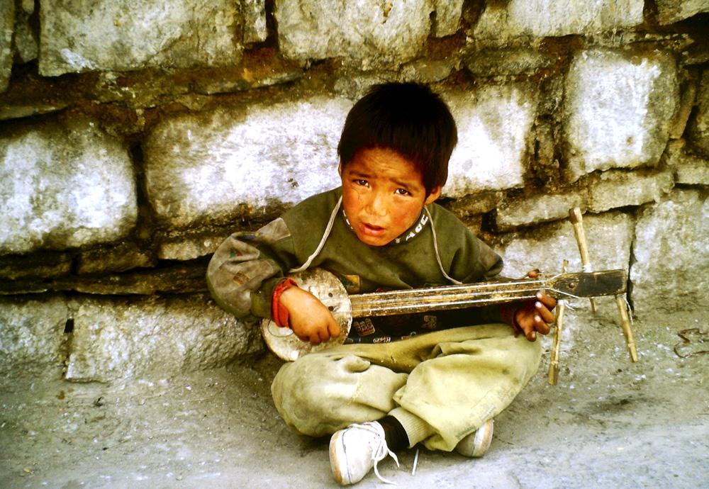 Transasien Junge in Lhasa
